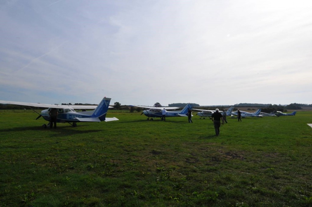 Farm Strips Fly Out Event - Preparing to bid farewell to Pent Farm
